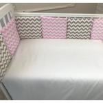 Бортик в кроватку Евротек Зигзаг 12 подушек 49714 цвет: розовый/кофейный