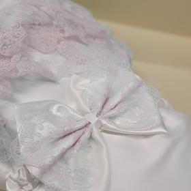 Конверт-одеяло на выписку 2 предмета Атлас цвет: белый/светло-розовое кружево